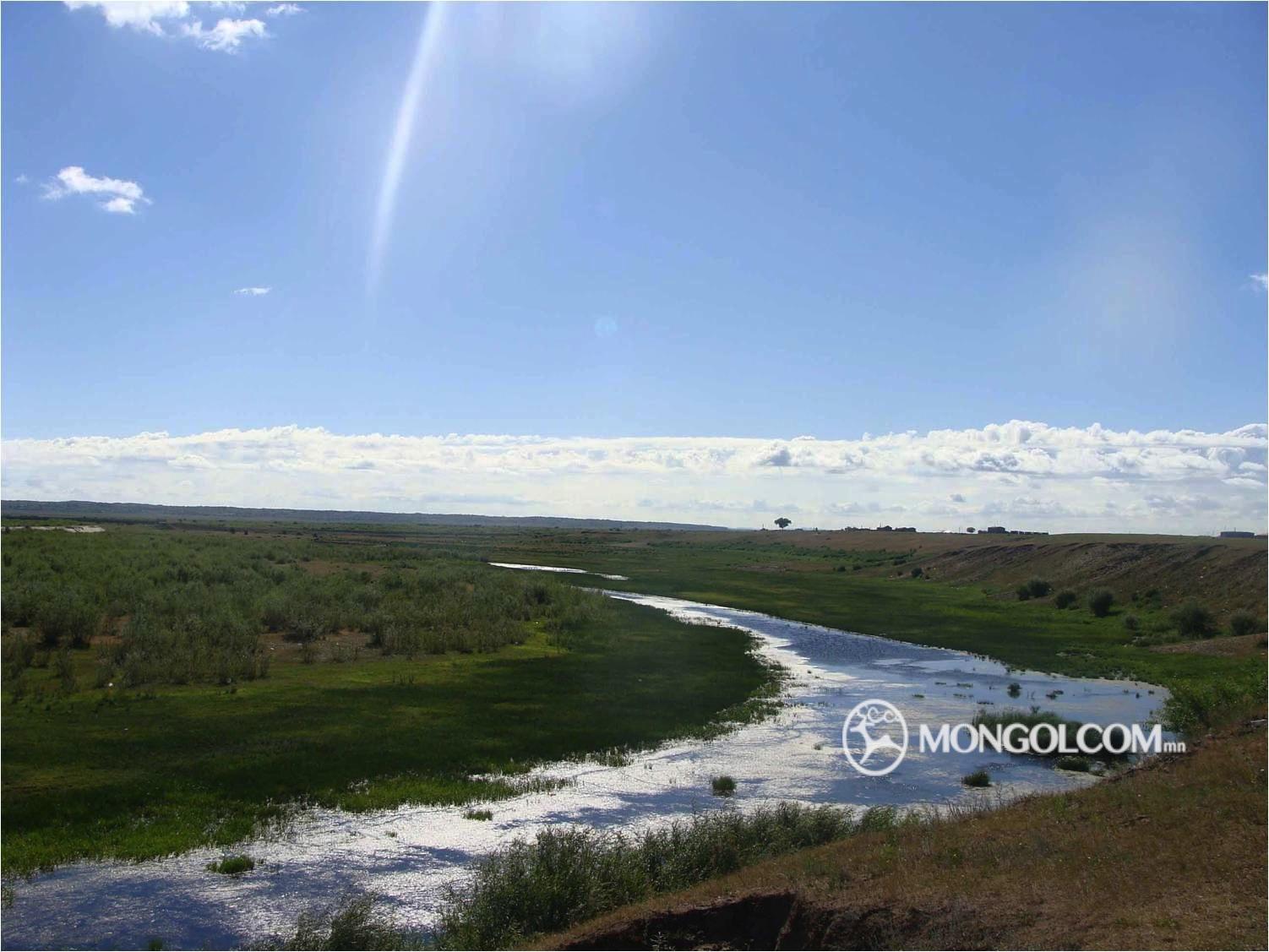 Их хянганы нурууны далайн түвшнээс дээш 1443 метр өндөрт өргөгдсөн газраас  эх авч, Хөлөнбуйр хотын нутгаар урсаад Монгол улсад орж, Дорнод аймгийн  Халх ... 2c0938bf4fa